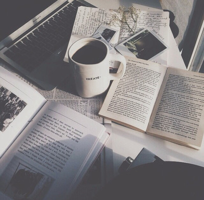 cosy,books,coffee,photography-616f8cdafeb8c318635b1b9f49bd89c8_h