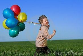 child-balloons-14030219